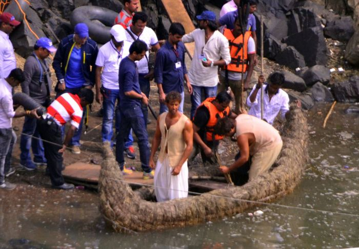 Shooting Stills Of Mohenjodaro At Bhedaghat Jabalpur
